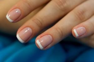 Простые секреты по уходу за ногтями