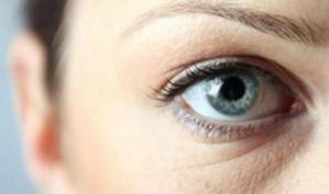 Как бороться с мешками под глазами